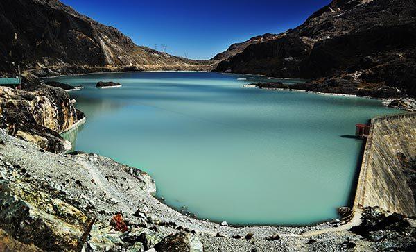Reservoir, lake & dam dredging landscape