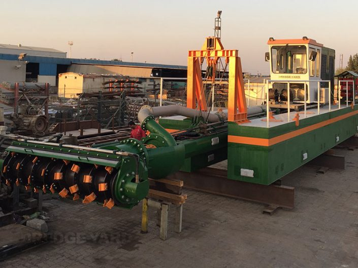 Auger Dredger ECO 250 assembly - Dredge Yard