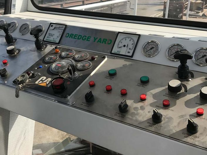Auger Dredger 300 control panel