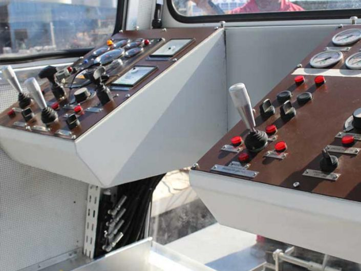 ECO dredger controls in cabin