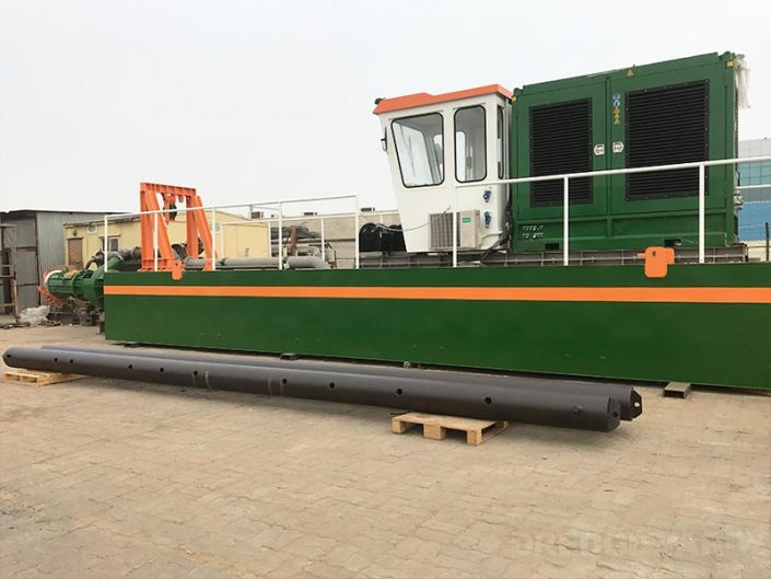 Cutter Suction Dredger 200 with spuds