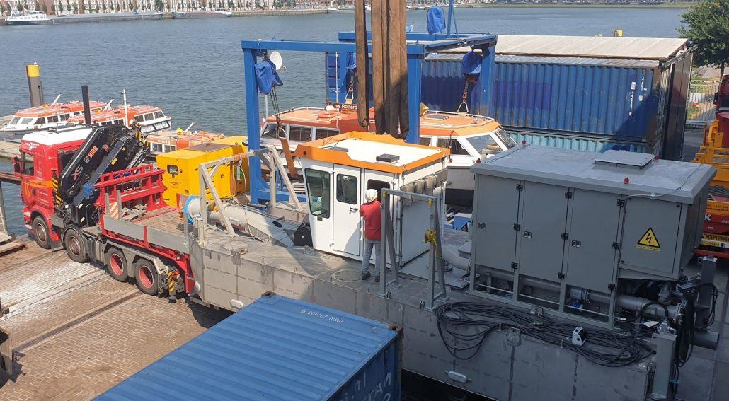 CSD 200 dredger